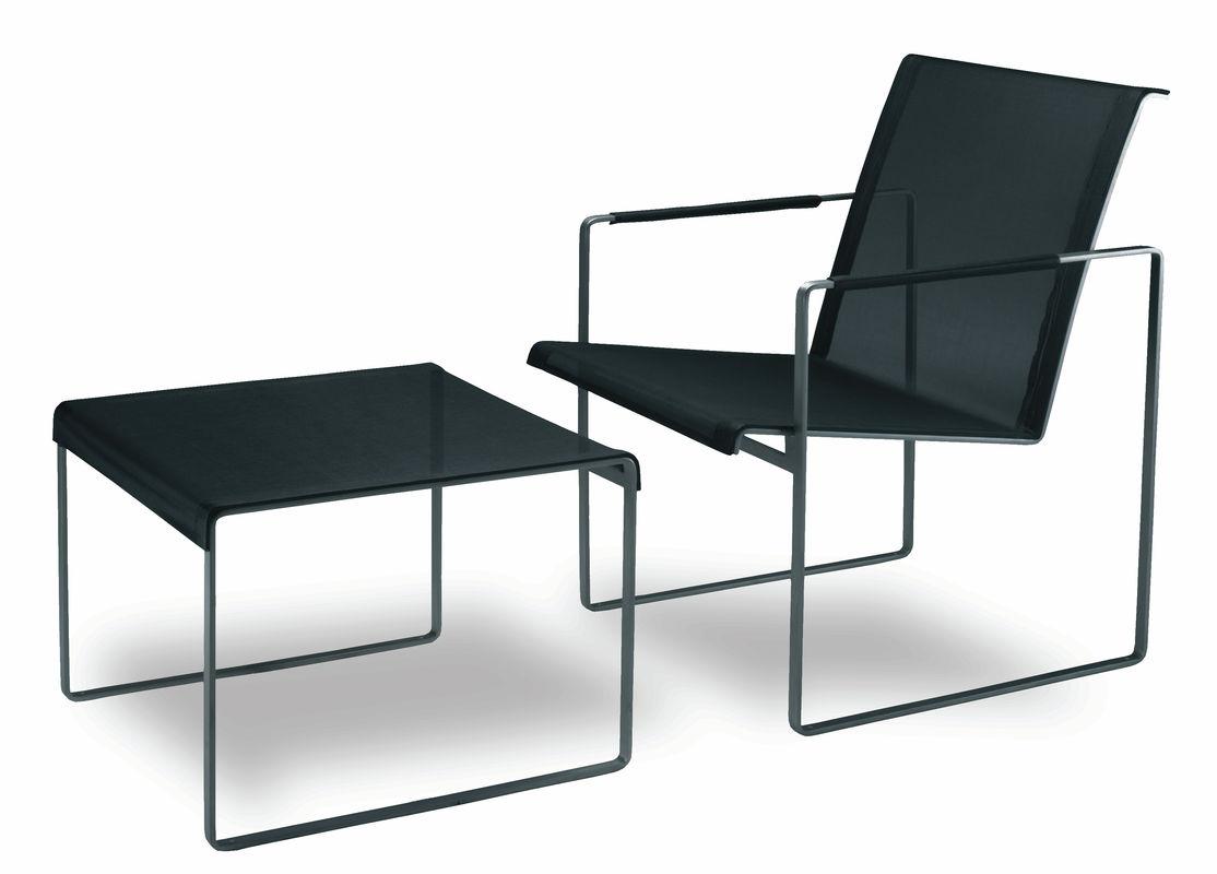 Zomerhuis met rieten meubels u stockfoto photographee eu